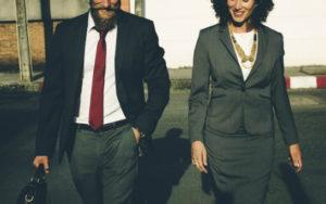 Wspólnik spółki z ograniczoną odpowiedzialnością może uczestniczyć w zgromadzeniu wspólników przez swojego pełnomocnika.